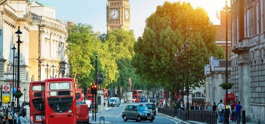ثبت نام در دانشگاه های  انگلستان  -مشاوره تحصیل در  انگلستان